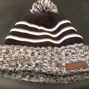 adidas Accessories - Adidas pompon winter hat